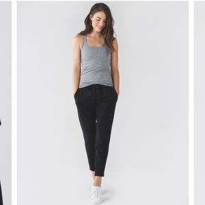 LULULEMON black Jet Crop Slim Trouser pants 6